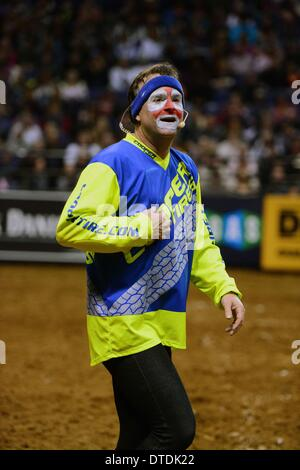St. Louis, Missouri, USA. 15th Feb, 2014. February 14, 2014: Rodeo clown Flint Rasmussen entertains the crowd during - Stock Photo