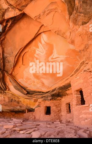 Ancient Indian Granaries, Road Canyon, Cedar Mesa, Utah, USA - Stock Photo
