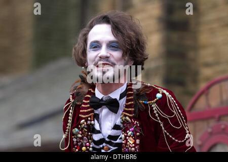 Blackpool, Lancashire, UK 18th February, 2014.  Actor 'Dr Longtitude', Anthony Pargo in St John's Square 'The Imaginary - Stock Photo