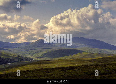 GLEN CASSLEY THE RIVER CASSLEY AND BEN MORE ASSYNT MOUNTAINS SUTHERLAND SCOTLAND - Stock Photo