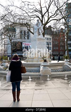 William Shakespeare statue, Leicester Square, London, Uk - Stock Photo