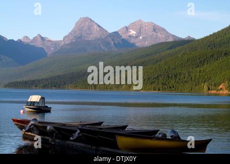 Boating on Lake McDonald, the largest lake in Glacier National Park, Montana, USA. - Stock Photo