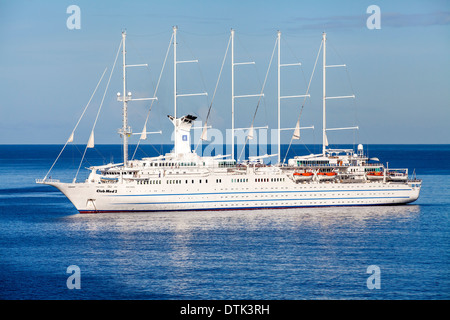 The luxury 5 masted computer controlled sailing ship, Club Med 2 - Stock Photo
