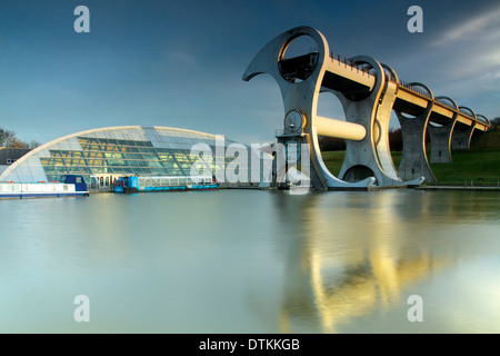 The Falkirk Wheel and the Forth and Clyde Canal, Falkirk - Stock Photo