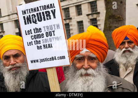 London, February 20th 2014. Sikhs from all over the UK gathered to protest outside Downing Street prior to delivering - Stock Photo