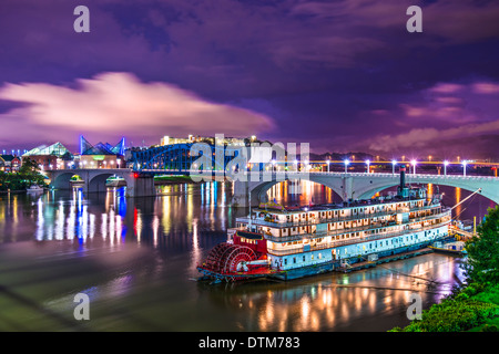 Chattanooga, Tennessee, USA downtown over the Tennessee River. - Stock Photo
