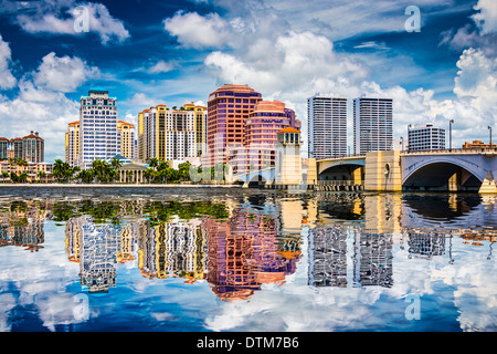 West Palm Beach, Florida, USA downtown over the intracoastal waterway. - Stock Photo