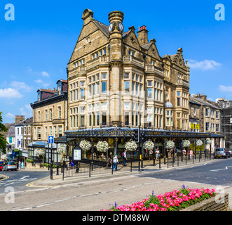 The famous Bettys Cafe Tea Rooms, Parliament Street, Harrogate, North Yorkshire, England, UK - Stock Photo