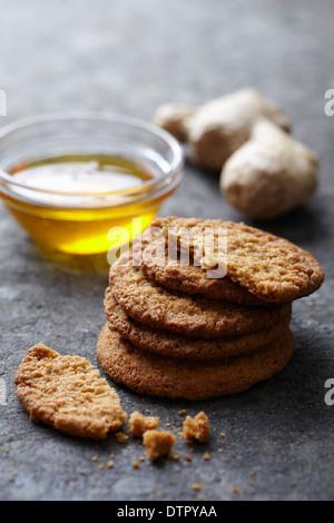 fresh ginger and honey snaps - Stock Photo