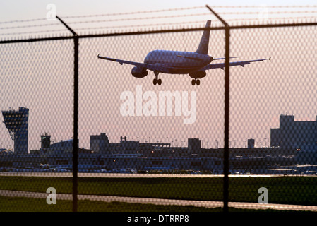 Air travel at Philadelphia International Airport in Philadelphia, Pennsylvania. - Stock Photo
