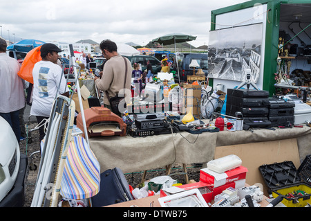 Stalls at the weekly car boot sale at Guargacho in Tenerife, Canary Islands, Spain. - Stock Photo