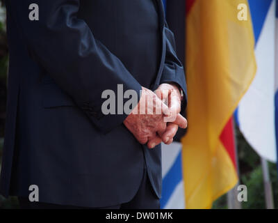 Jerusalem, Israel. 25th February 2014. Israeli President SHIMON PERES awaits the arrival of German Chancellor Merkel - Stock Photo