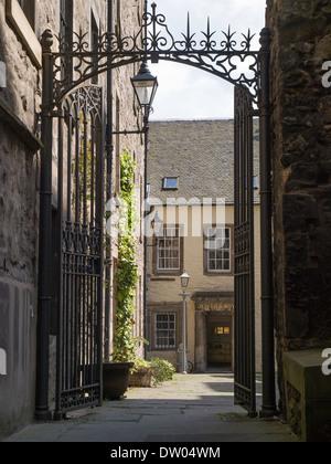 Tweeddale Court, High Street, Edinburgh, High Street, Edinburgh - Stock Photo