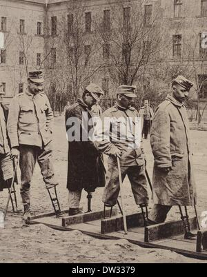 The photo from the 'Leipziger Illustrirte Zeitung' (Leipzig Illustrated Newspaper) shows soldiers who have lost - Stock Photo