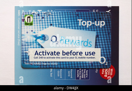 Top-up activate before use O2 rewards - Pay & Go Go Go Nano sim card for Iphone 5s - Stock Photo