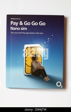 Welcome to Pay & Go Go Go Nano sim the only tariff that gets better with time O2 - sim card for Iphone 5s isolated - Stock Photo