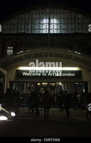 London, UK. 27th Feb, 2014. The second edition of London's global art fair, held in Olympia's Grand Hall, opens - Stock Photo