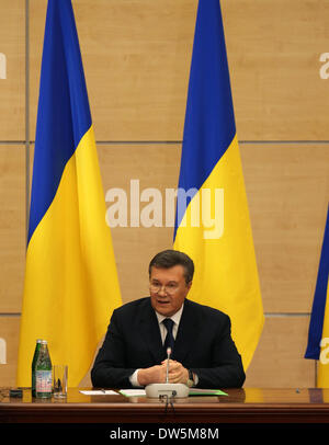 Rostov, Russia. 28th February 2014. Ousted Ukrainian President Viktor Yanukovych speaks during a news conference - Stock Photo
