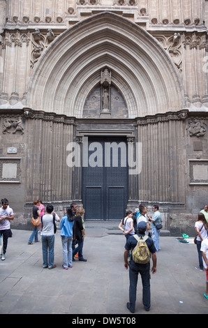 Spain, Catalonia, Barcelona, Large doors of the Cathedral in Placa Sant Iu. - Stock Photo