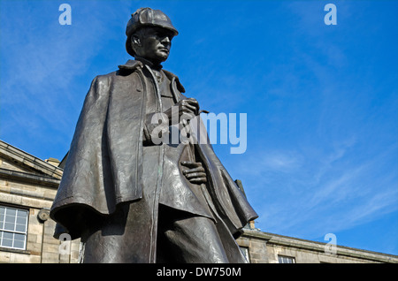 Statue of Sherlock Holmes in Picardy Place in Edinburgh, the street where his creator Sir Arthur Conan Doyle was - Stock Photo