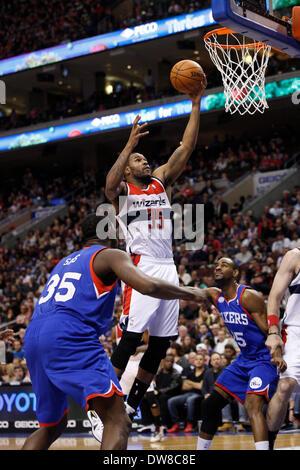 March 1, 2014: Washington Wizards power forward Trevor Booker (35) goes up for the shot as he splits between Philadelphia - Stock Photo