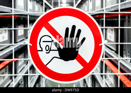 Do not enter, warning sign on a security fence, Germany - Stock Photo