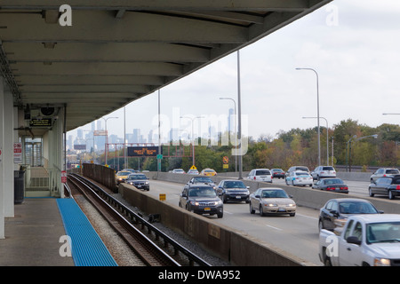 Irving Park train station and the Kennedy Expressway, Chicago, Illiniois. - Stock Photo