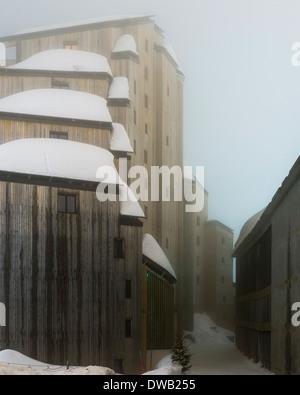 Avoriaz, Avoriaz, France. Architect: Jacques Labro, Simon Cloutier, Jean-Jacques Orzoni, 2014. L'Amara (2012) Winter. - Stock Photo
