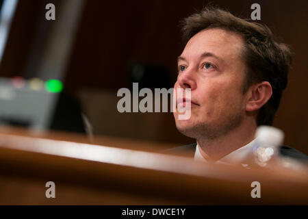 Washington DC, USA. 5th March 2014. Elon Musk, CEO of Space Exploration Technologies, also known as SpaceX, testifies - Stock Photo