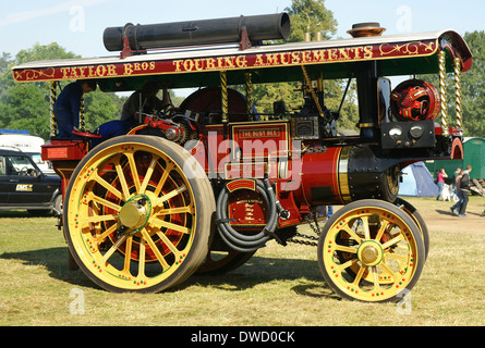 The Busy Bee Burrell of Thetford 1914 steam showmans road locomotive traction engine AO6262 3555 - Stock Photo