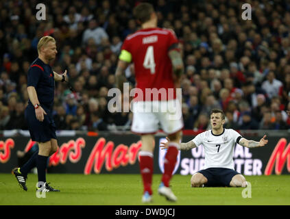 London, UK. 5th Mar, 2014. Jack Wilshere of England reacts during an international friendly soccer match between - Stock Photo