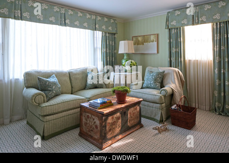 English American Country Home Interiors London United Kingdom Stock Photo Alamy