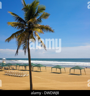 Playa Pichilingue beach resort in Acapulco on the Pacific coast of Mexico. - Stock Photo