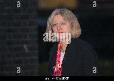 London, UK. 6th March 2014. . Home Secretary Theresa May arrives at number 10 Downing street for the Women of the - Stock Photo