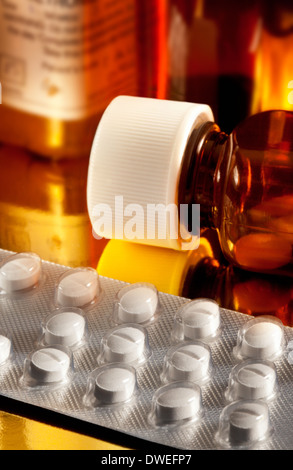 Drugs - Medical pills or tablets - Stock Photo
