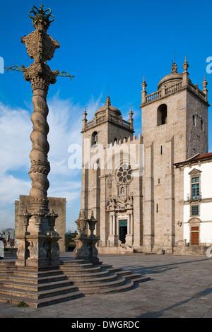 Da Se Cathedral, Porto - Stock Photo