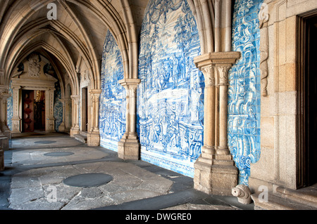 Da Se Cathedral, Porto - Stock Photo
