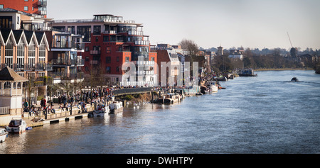 The first Spring day at Kingston Riverside - Stock Photo