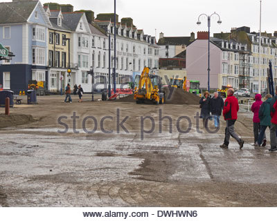the big clean up operation begins in aberystwyth promenade seaside after the devastating storms of 2014 - Stock Photo
