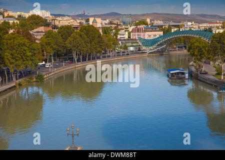 Peace Bridge (Bridge of Peace) over the Mtkvari (Kura) River, Tbilisi, Georgia, Caucasus, Central Asia, Asia - Stock Photo