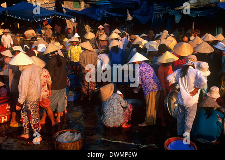 The market, Hoi Han (Hoi An), Vietnam, Indochina, Southeast Asia, Asia - Stock Photo