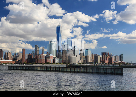 1 World Trade Centre Tower and New York's financial district as seen from Liberty State Park, New York, United States - Stock Photo
