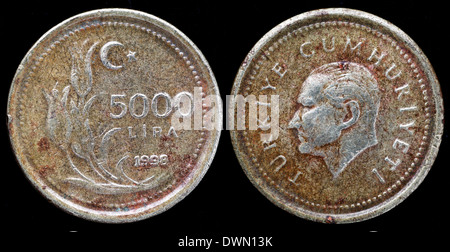 5000 Lira coin, Turkey, 1998 - Stock Photo