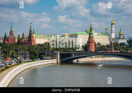 The Moskva River (Moscow River) and the Kremlin, UNESCO World Heritage Site, Moscow, Russia, Europe - Stock Photo