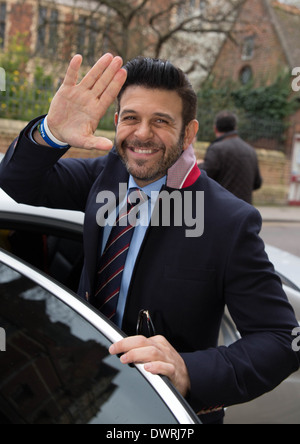 Adam Richman of Man Vs Food presenter leaving Oxford union after his talk. - Stock Photo
