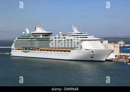 Royal Caribbean cruise ship Navigator of the Seas berthed in Cadiz Spain - Stock Photo