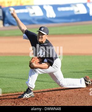 Tampa, Florida, USA. 11th Mar, 2014. Masahiro Tanaka (Yankees) MLB : Masahiro Tanaka of the New York Yankees pitches - Stock Photo