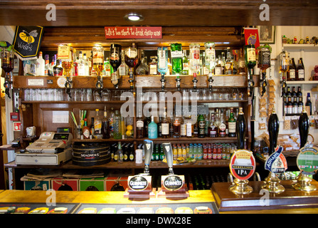 The Frog Pub and Restaurant Bar in Skirmett in Buckinghamshire - UK - Stock Photo