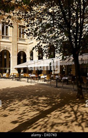 Caf Ef Bf Bd Le Nemours Paris
