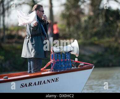 London, UK. 16th March 2014. Sir Matthew Pinsent Umpire for the fixture between the Cambridge University Blue Boat - Stock Photo
